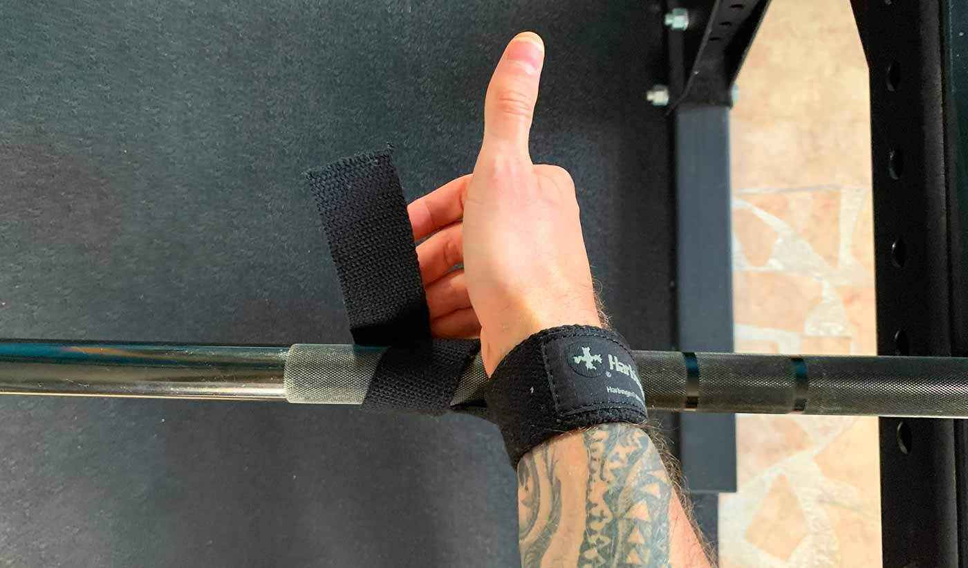 Photo showing how to use lifting straps.